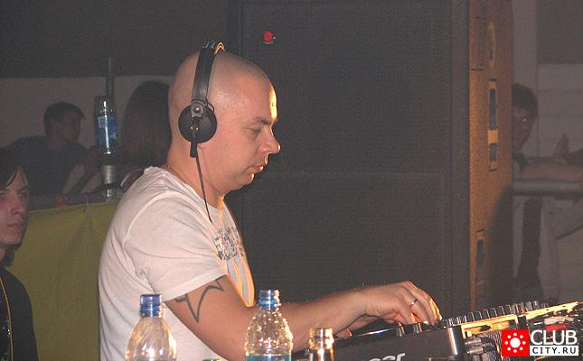 Фото #18 - GATECRASHER LIVE IN N.NOVGOROD 15 декабря 2007 Новгородская ярмарка, павильон 1 Н. Новгород